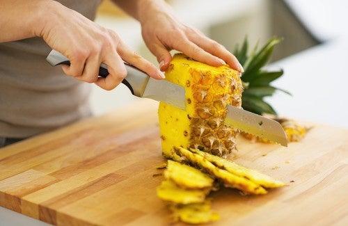 L'Ananas comme allié minceur, idéal pour purifier l'organisme Consumir-pi%C3%B1a-500x325-500x325