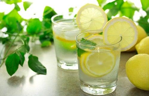 Eau et citron