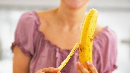 La banane soulage les brûlures d'estomac