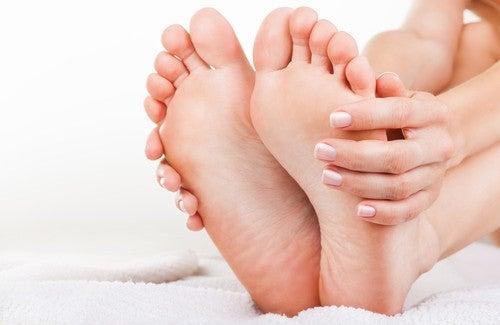 Combattre de manière naturelle l'odeur des pieds