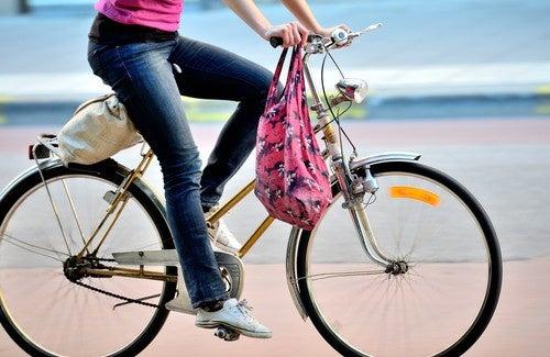 10 bonnes raisons de se déplacer à vélo !