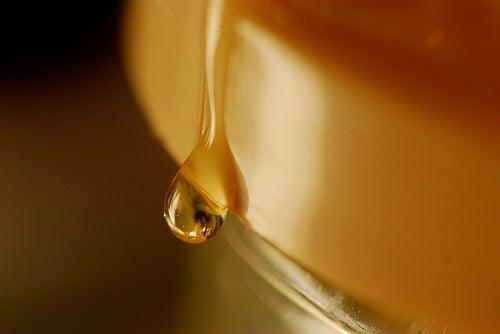 Le miel, un édulcorant naturel.