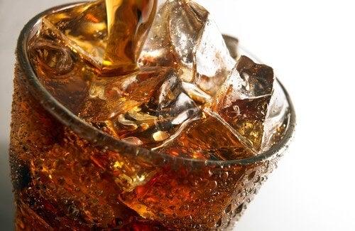 Les sodas : les ennemis des dents !