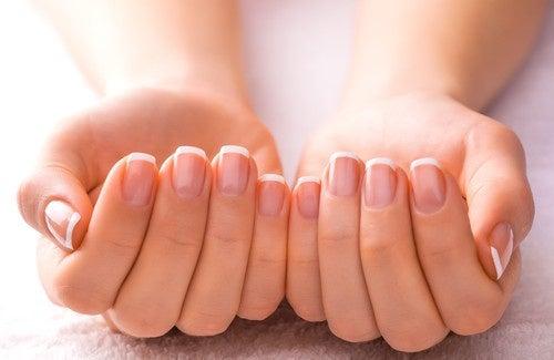 Des astuces pour avoir de beaux ongles !