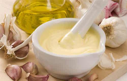 Des sauces faibles en graisse pour remplacer la mayonnaise