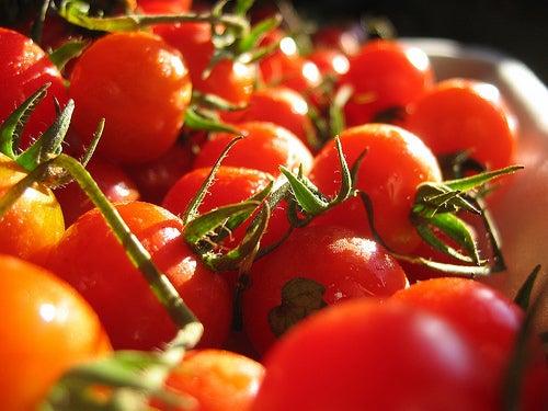 les tomates font partie des bons laxatifs naturels