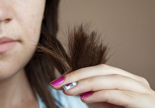 couper les pointes pour accélérer lacroissance des cheveux