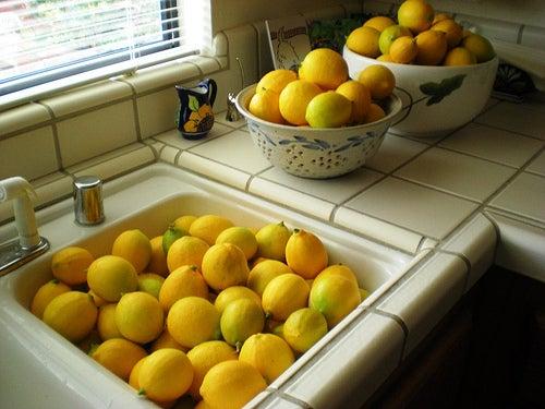Citrons pour le ménage.