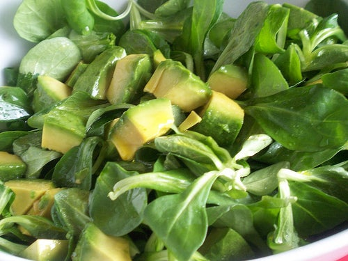 salade d'avocat et maches