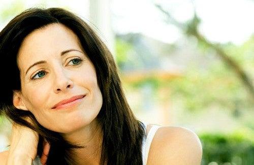 Remèdes maison et naturels pour la ménopause