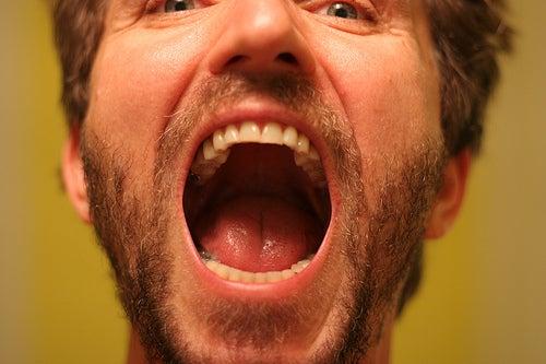 Comment traiter les principales affections de la bouche for Blessure levre interieur