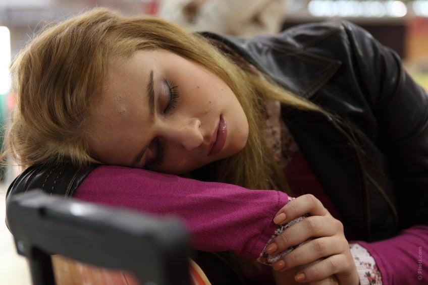 mauvaises habitudes qui nuisent à notre cerveau : dormir peu
