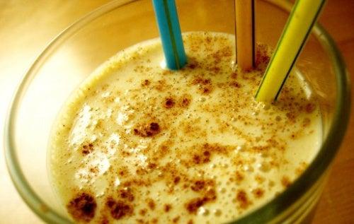 5 milk-shakes aux fruits qui ne font pas grossir !
