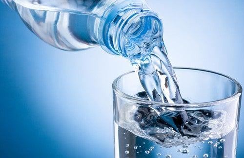 Les bienfaits de l'eau tiède