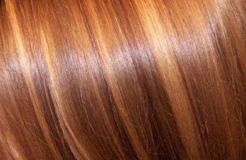 Soin naturel cheveux soyeux