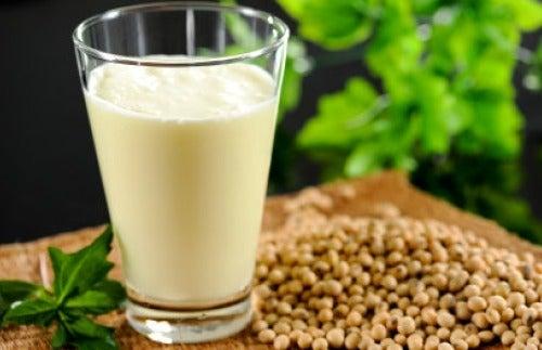 Le lait fait partie des aliments décalcifiants.