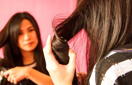 10 soins pour lisser naturellement les cheveux