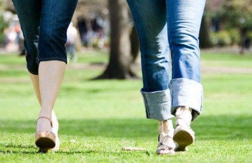 30 minutes de marche le matin : quels bienfaits pour la santé ?