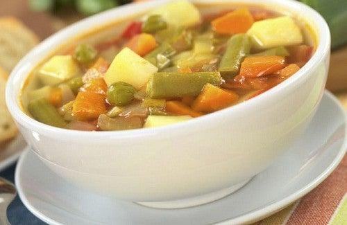 4 délicieuses recettes de soupe aux légumes