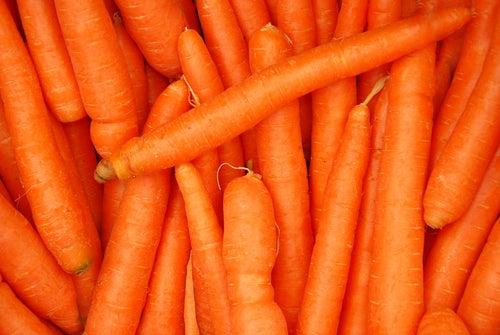 Ajouter des carottes à vos cheveux.