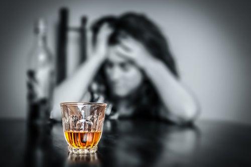 L'alcool fait partie des aliments décalcifiants.