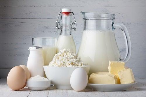 Les produits laitiers sont des aliments décalcifiants.