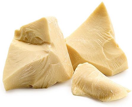 Le beurre de cacao est efficace contre les crevasses.