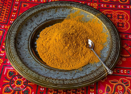 ingrédients du bouillon anti-inflammatoire : curcuma