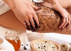 soin-minceur-anticellulite-comment-preparer-un-savon-au-cafe2-520x325