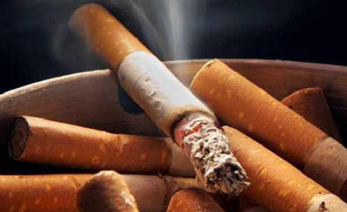 Le tabac et la mauvaise odeur corporelle