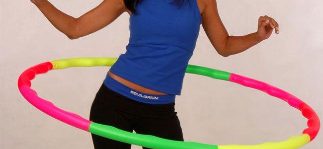 le hula hoop pour perdre la graisse des hanches
