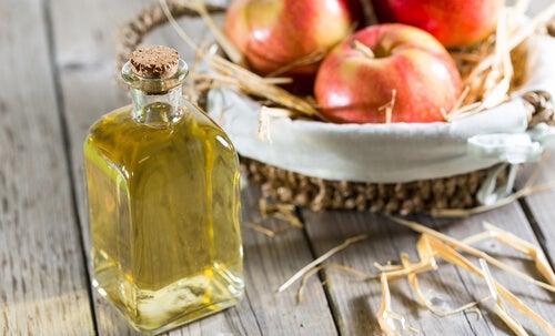 8 usages et bienfaits du vinaigre de cidre