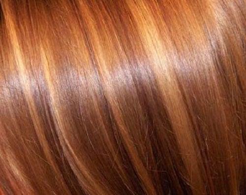 Usages et bienfaits de l'eau oxygénée : éclaircir les cheveux