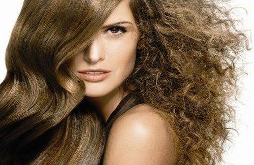 Tombent les cheveux dyariny que faire