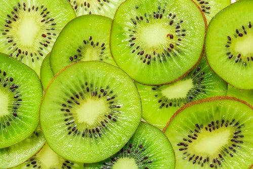 Le kiwi est un des meilleurs fruits.