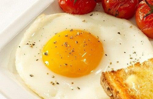 Les bienfaits de manger des œufs régulièrement et comment les préparer