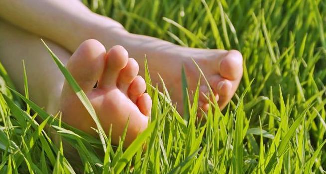 marcher sans chaussures