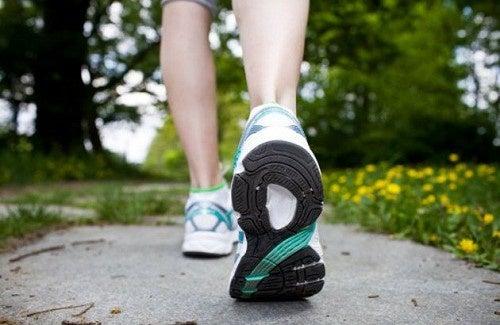 Des conseils pour perdre du poids en marchant