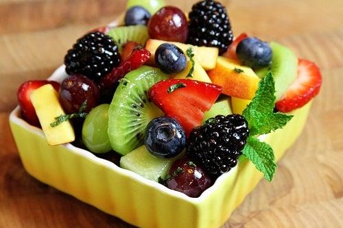Manger sainement aide à accélérer le métabolisme.