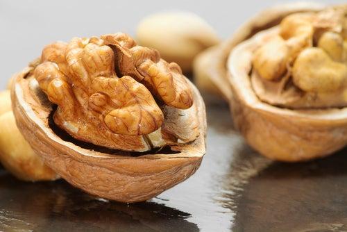 Les noix stimulent le cerveau.
