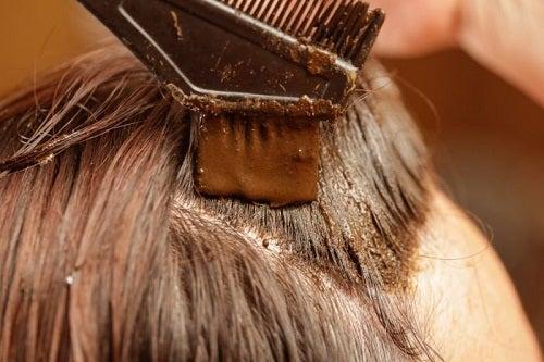 Coloration cheveux fait maison