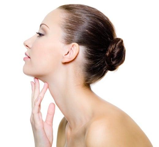 astuces pour rehausser les joues affaissées : les exercices faciaux