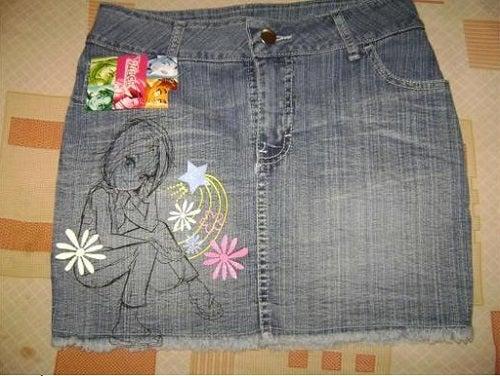 9 manières de recycler les vieux jeans : minijupe