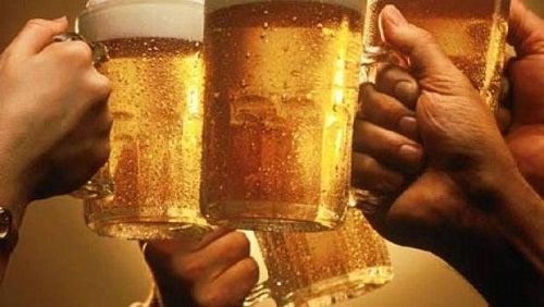 Idées reçues et informations insolites sur l'alcool et l'ivresse