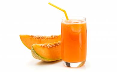 Boisson contre la fatigue psychologique : amande, melon et raisins