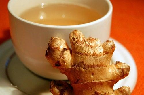 Remède au gingembre contre les douleurs articulaires.