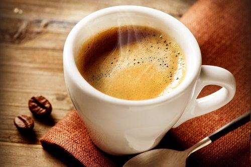 Les liens entre le café et la faim