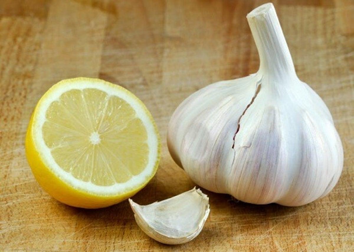 Cure à l'ail et au citron pour nettoyer les artères et réduire le ...