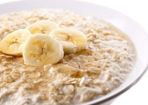 11 bienfaits de l'avoine et une recette de petit-déjeuner