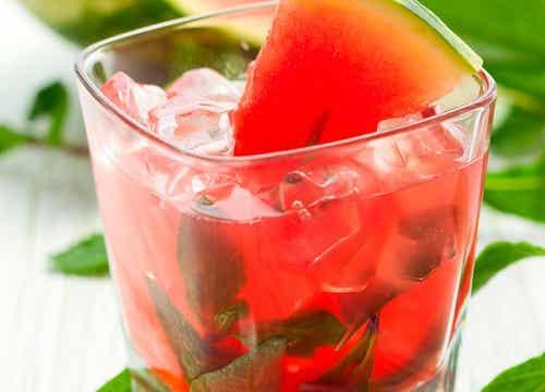 4 boissons naturelles et légères pour vous aider à mincir